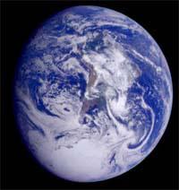 Супутниковий знімок Землі (фото з сайту www.solarviews.com)