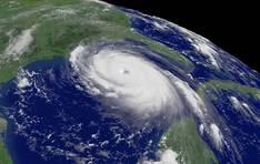 Спутниковый снимок урагана Катрина (иллюстрация с сайта: www.rian.ru)